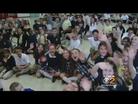 Ron Smiley Visits Mary Of Nazareth School (Part 2)
