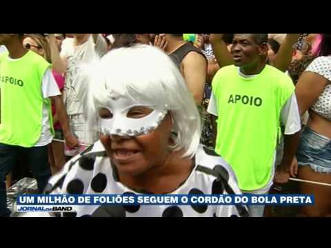 RJ: Cordão do Bola Preta arrasta um milhão de foliões