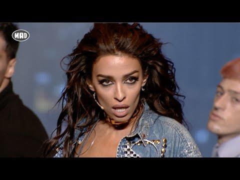 Ελένη Φουρέιρα & Mike - Τι κοιτάς (Mad VMA 2016 by Coca-Cola & Viva Wallet)