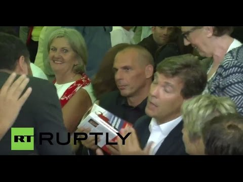 France: Varoufakis meets with Montebourg in French province