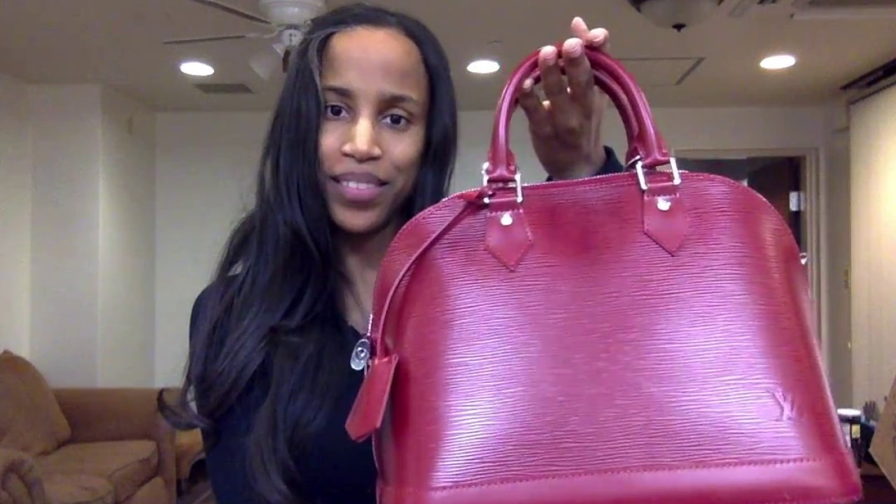 95421c2bac8e Unboxing  Red Louis Vuitton Alma PM in Epi - YouTube