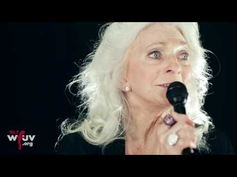 "Judy Collins and Ari Hest - ""I Choose Love"" (Live at WFUV)"