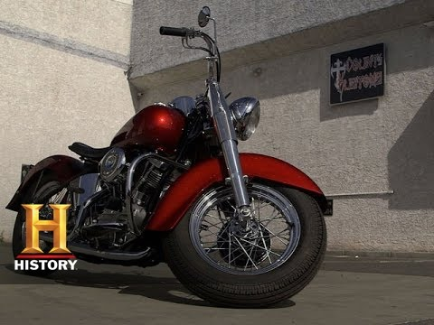 Indian Motorcycles 2015 >> Counting Cars: Bill's Perfect Pinstriped Motorcycle | History - YouTube