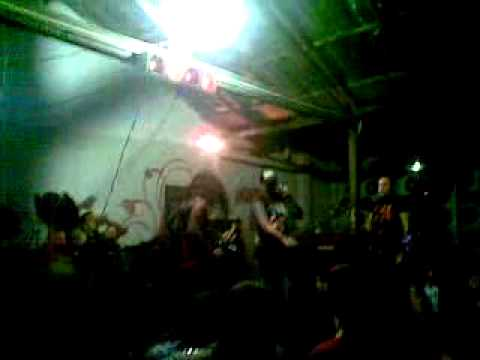 Warpath - Atomic Discharge To Kill is The Sentence LIVE SCORPIONS BAR.mp4