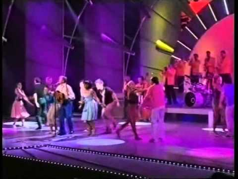 Tommy Steele -Rock and Roll Medley - 2004 Royal Variety Performance