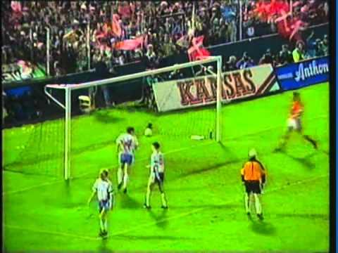 1990 (October 10) Denmark 4-Faroe Islands 1 (EC Qualifier) (Re-upload).mpg