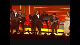 Jay Q   Could You Be Loved (Live In Grammys 2013)