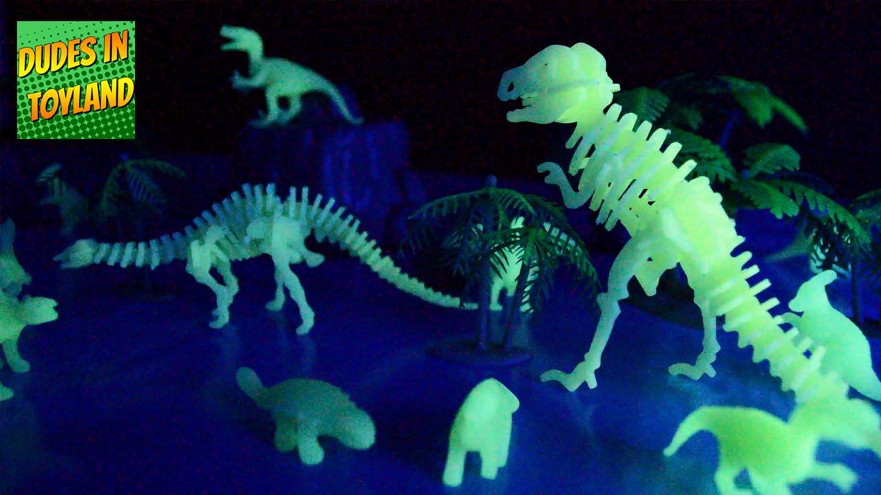 Dinosaur toys glow in the dark halloween toy opening - Glow in the dark swimming pool toys ...