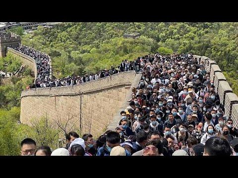 شاهد: اكتظاظ في المحطات وازدحام في المناطق السياحية خلال يوم عيد العمال في الصين…  - 06:56-2021 / 5 / 2