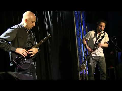 Elliott Sharp & Gareth Davis Duo (GB/USA) Sun Nov. 19, 2017