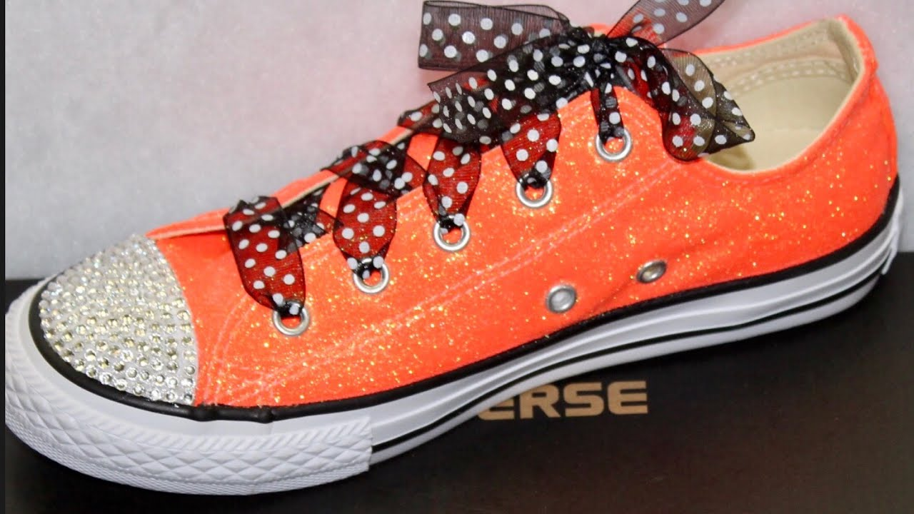8b825659e02bb0 DIY Custom Glitter   Rhinestone Converse - YouTube