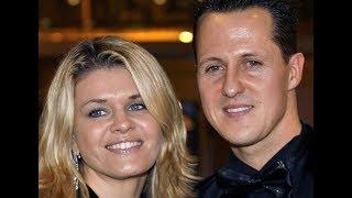 Семья Шумахера прервет молчание: жена и отец гонщика согласились дать интервью