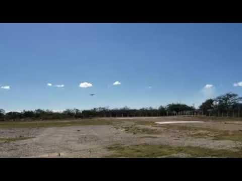 Cessna 185 aterrizando en Comitan Chiapas México