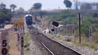 Very Rare Loco !! : BZA WDP1 15028 with GNT-MCLA passenger at LC-46