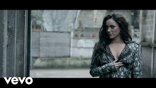 Léa Castel - Garde A Vue ft. Ladéa
