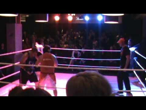 Danny Wrightson verses Grant Wills - Boxfit Gym Sp...