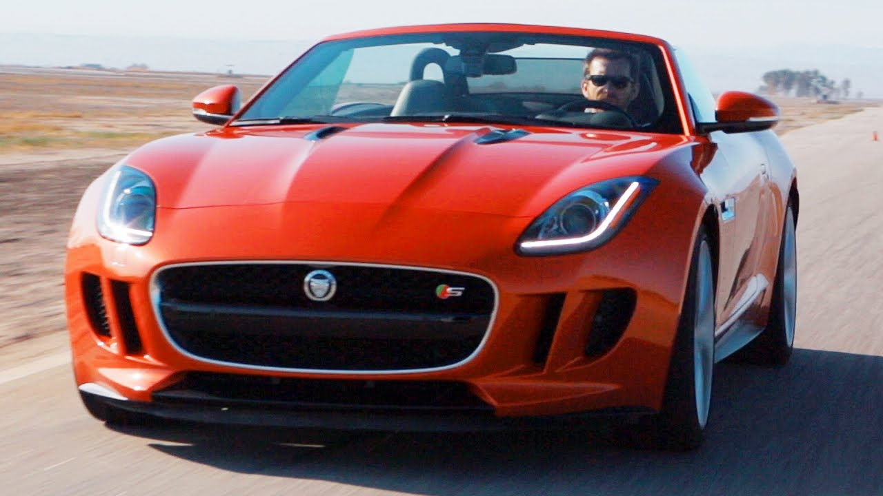 the jaguar f type meets its predecessor world 39 s fastest car show ep 4 4 youtube. Black Bedroom Furniture Sets. Home Design Ideas