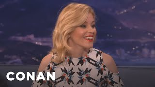 elizabeth banks my husband would sleep with tom brady conan on tbs