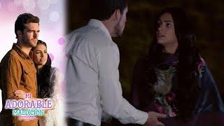 Aurora le dice a Rafael que regresó con Rodrigo | Mi adorable maldición - Televisa