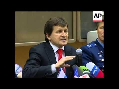 News conference with US Space Tourist Charles Simonyi