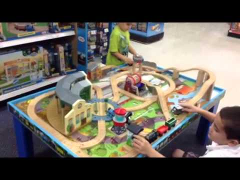 Thomas the train set vs. Chuggington train set - YouTube