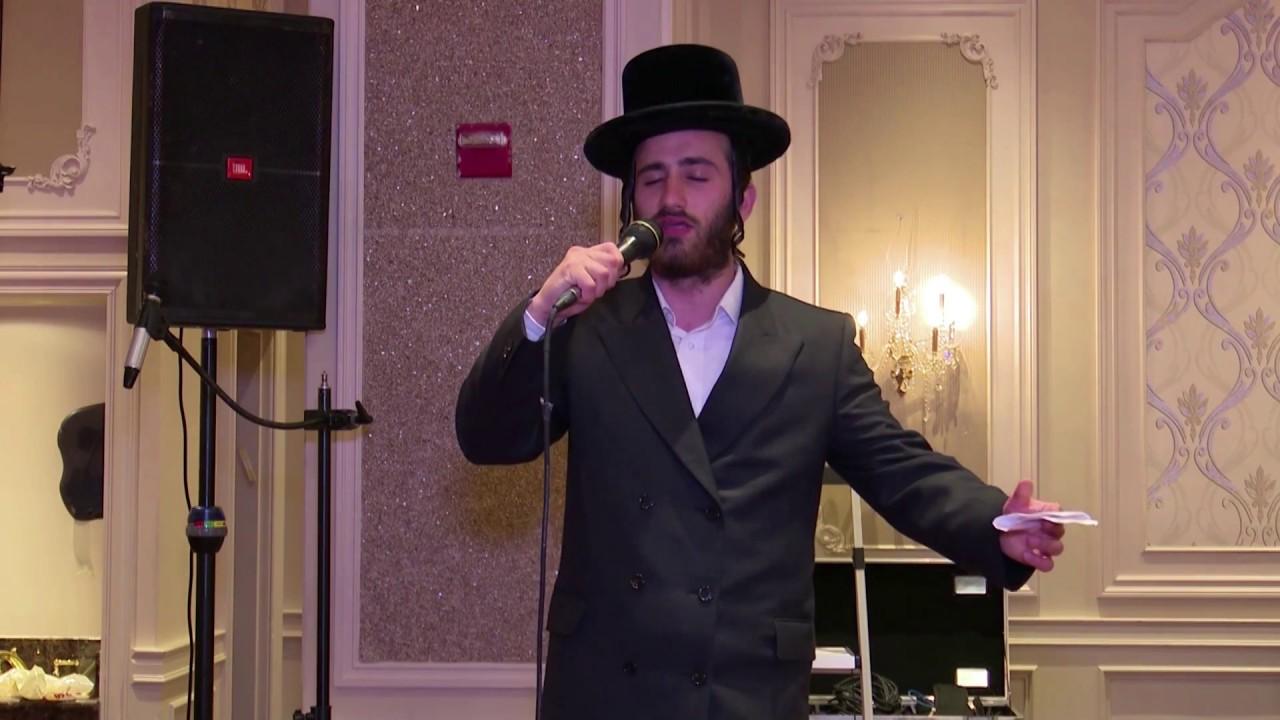 Dovidal Knobloch Performing Latest Hits – Mitzvah Tantz   בדחן דוד קנאבלאך