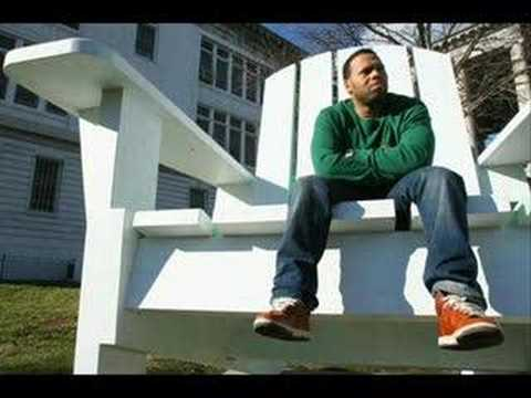 Eric Roberson- The Moon