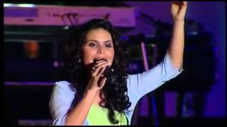 Aline Barros - Som de adoradores - Ao erguermos as mãos