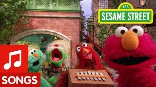 Sesame Street: The New Old MacDonald Song