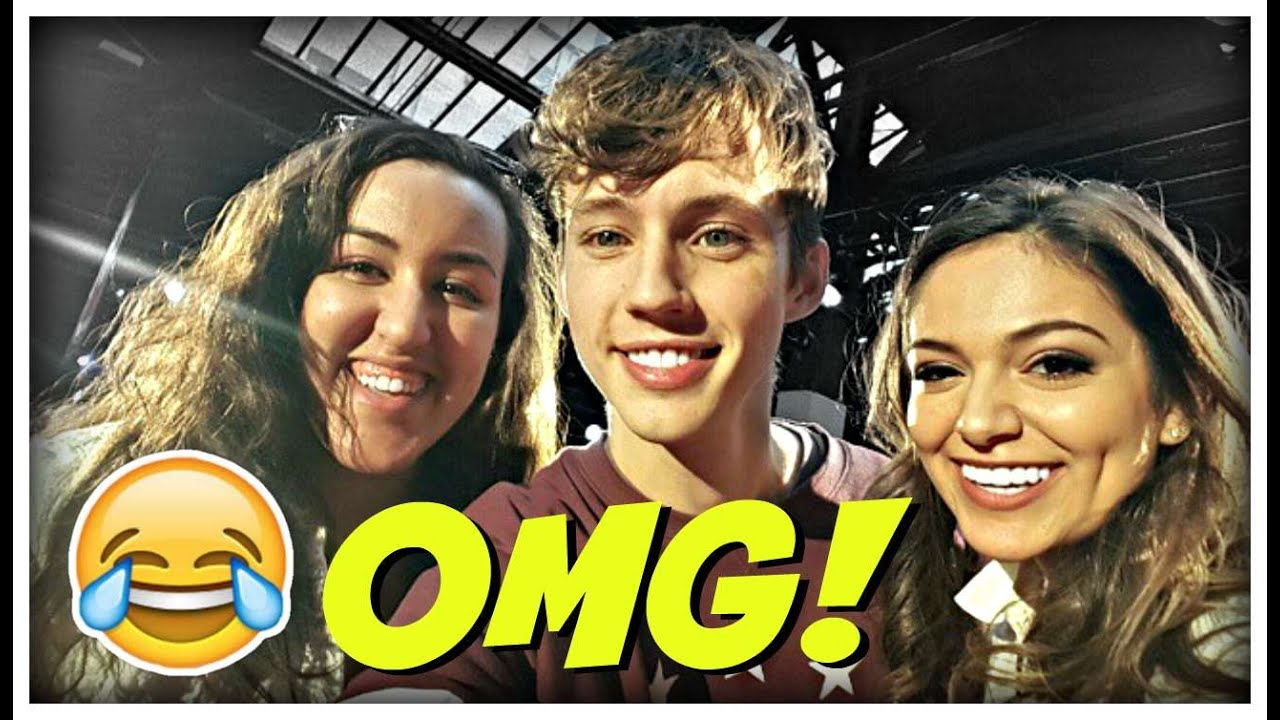 Meeting bethany mota and troye sivan at ytmeetup youtube meeting bethany mota and troye sivan at ytmeetup m4hsunfo