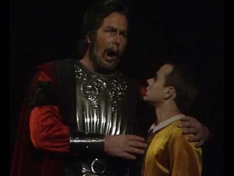 "James Morris sings ""Come dal ciel precipita"" from Macbeth"