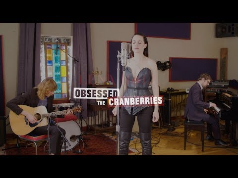 """Lena Hall Obsessed: The Cranberries - """"Zombie"""""""