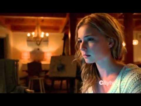 Emily Alyn Lind  Revenge S01EP01