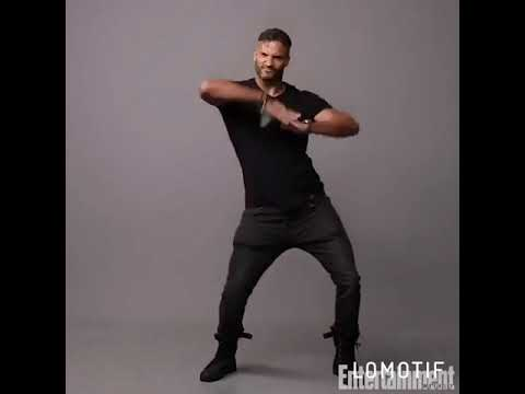 Ricky Whittle dancing to Despacito