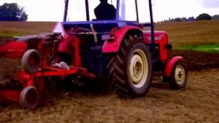 Zdjęcia maszyn rolniczych na pomorzu