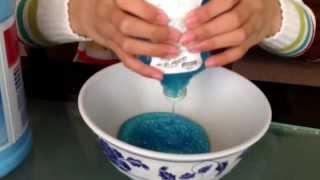 How to make slime without borax.                                Ingredients: glue, liquid starch