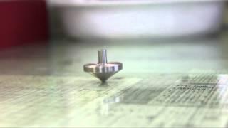 コマが止まっても転ばないって... F1エンジンバルブも作る鈴木旋盤職人! thumbnail
