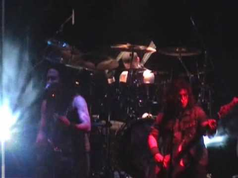 Trivium - Dying In Your Arms - Live in New York, NY, USA (2006)