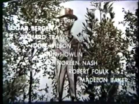 "Edgar Bergen & Charlie McCarthy Comedy Short ""Charlie's Haunt"""