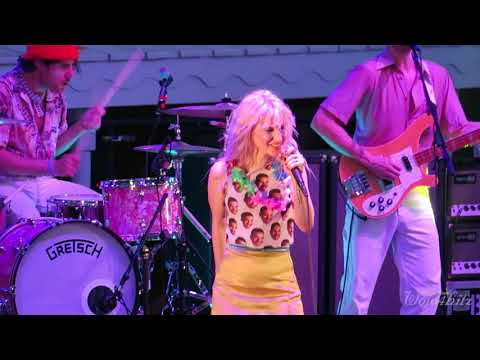 1717 Paramore  Hard TimesHeart of Glass MashUp @ Parahoy 3 Show #2 40818 Deep Search