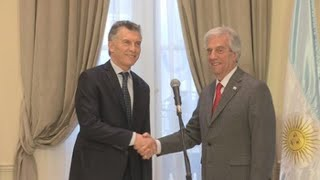 Macri y Vázquez reafirman la hermandad de ambos países en nueva embajada