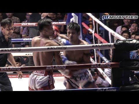 Muay Thai - Kulabdam vs Muangthai (กุหลาบดำ vs เมืองไทย), Lumpini Stadium, Bangkok, 5.6.18