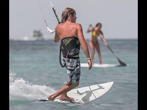 Aruba Kitesurfing Photography | Photographs by Tony Filson Filcro Media
