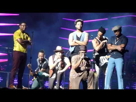 Bruno Mars Runaway Ba Amway Arena 8272013