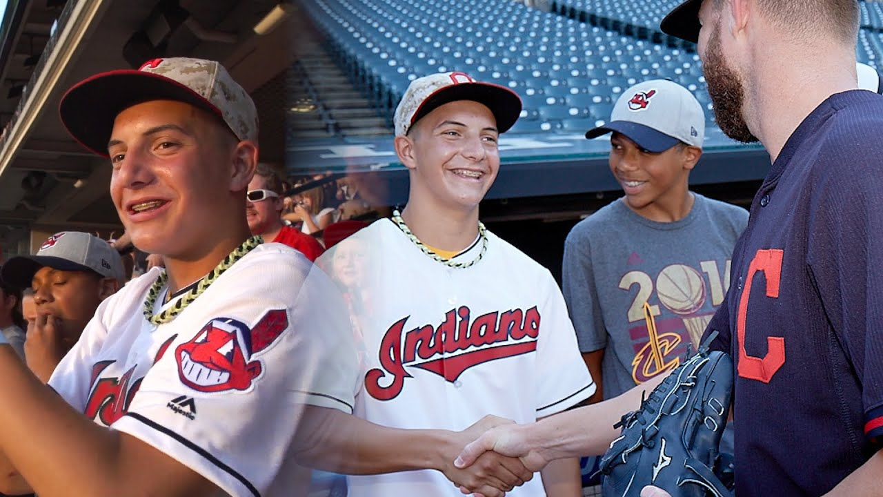 Corey Kluber Cleveland Indians 2016 World Series Action Photo Size: 8 x 10