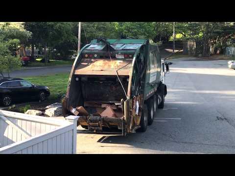 Waste Management 310963 ~ Mack MRU McNeilus Rear Loader