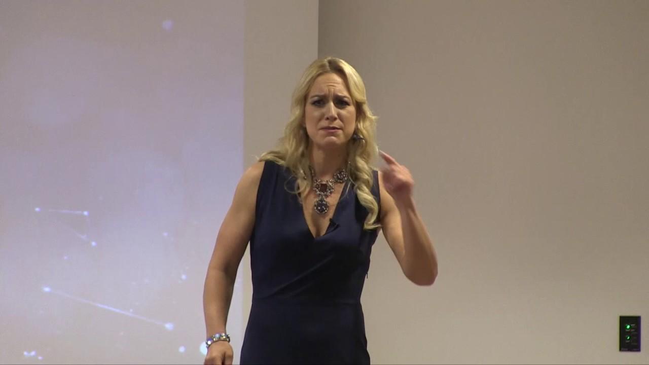 Katja Porsch mit ihrem Vortrag Hai oder Hering?! - YouTube