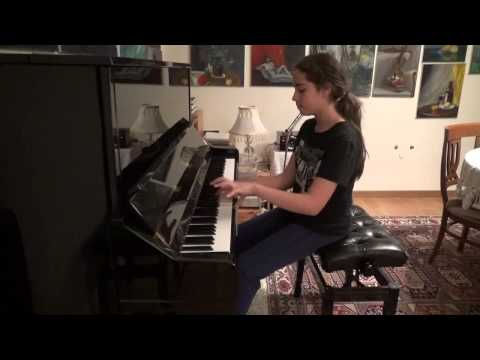 Elif Naz (11 Years Old) Plays Mozart Sonata no:7 k.309 in c major (Part I)