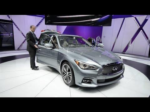 2014 Infiniti Q50 & The Infiniti Display - Detroit 2013 Walkaround