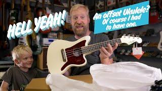 Fender Fullerton Jazzmaster Ukulele - Unboxing/First impressions - EFFECTS! FUZZ - DELAY - ETC.